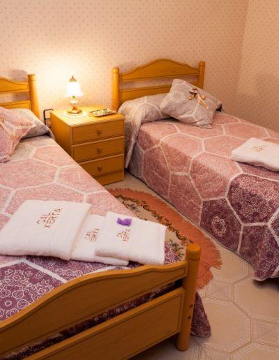 Habitació doble amb dos llits individuals